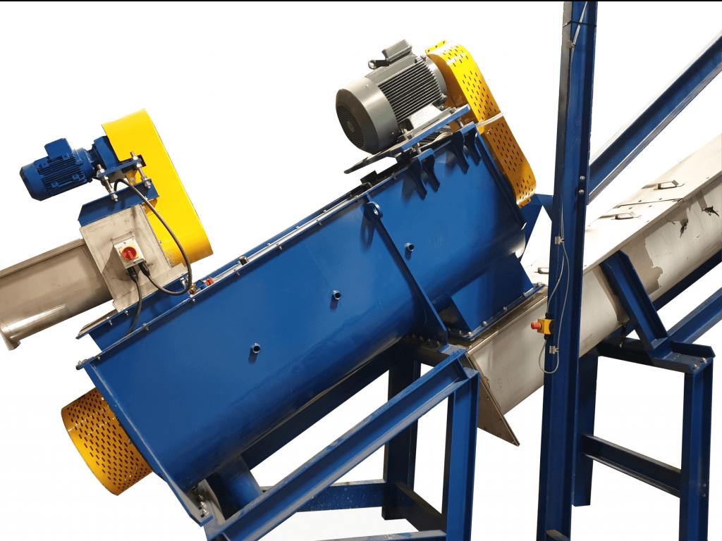 Rotajet plastic decontamination machine