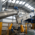 Plastic Prewasher removing bulk contaminates