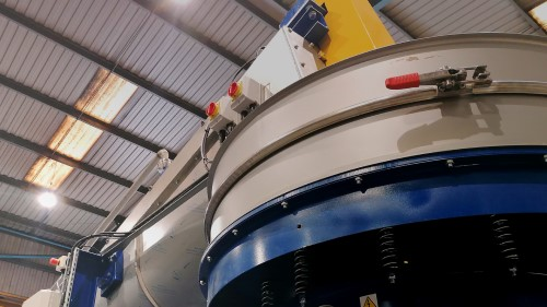 Remeshing service for vibrating sieves